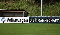 Bandenwerbung mit neuem Sponsor - 03.06.2019: Trainingslager der Deutschen Nationalmannschaft zur EM-Qualifikation in Venlo/NL