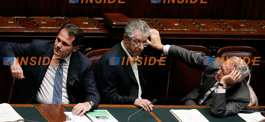 FRANCESCO SAVERIO ROMANO, UMBERTO BOSSI E GIULIO TREMONTI.Roma 28/09/2011 Camera. Voto di sfiducia nei confronti del Ministro dell'Agricoltura..Photo Samantha Zucchi Insidefoto LOWER CHAMBER VOTATION ABOUT MISTRUST ON MINISTER OF AGRCOLTURE.