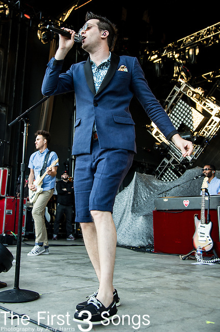 Mayer Hawthorne (Andrew Mayer Cohen) performs at the Lifestyle Communities Pavilion in Columbus, Ohio.