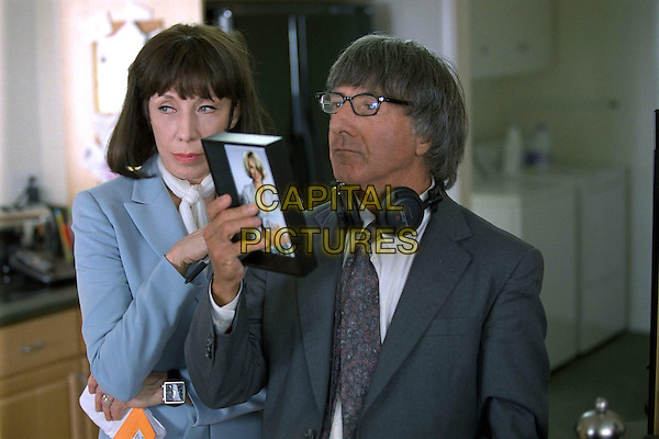 LILY TOMLIN & DUSTIN HOFFMAN.in I Heart Huckabees.*Editorial Use Only*.www.capitalpictures.com.sales@capitalpictures.com.Supplied by Capital Pictures.