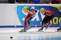 SHORTTRACK: DORDRECHT: Sportboulevard Dordrecht, 24-01-2015, ISU EK Shorttrack Ranking Races, Roberts ZVEJNIEKS (LAT | #46), Torsten KRÖGER (GER | #30), ©foto Martin de Jong