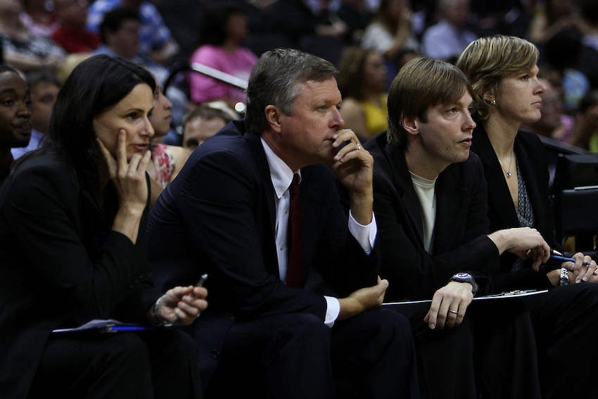 San Antonio head coach Dan Hughes (L2) watches play from the bench with assistant coaches Sandy Brondello (L-R), Olaf Lange and Vanessa Nygaard during the WNBA game between the San Antonio Silver Stars and the Washington Mystics, June 6, 2008, at the AT&T Center, San Antonio, Texas. (Darren Abate/PressPhotoIntl.com)