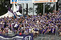 Fans aus Aue feuern ihr Team an - 13.05.2018: SV Darmstadt 98 vs. FC Erzgebirge Aue, Stadion am Boellenfalltor, 34. Spieltag 2. Bundesliga