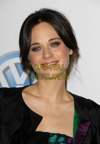 ZOOEY DESCHANEL.attends Volkswagen US Premiere of Concept Tiguan held at Raleigh Studios in Los Angeles, California, USA,.November 28, 2006..portrait headshot.CAP/DVS.©Debbie VanStory/Capital Pictures