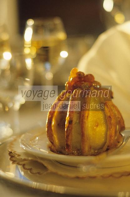 "Europe-Asie/Russie/Saint-Petersbourg: Pomme farcie ""Yusupov"" - Recette du restaurant ""The Noble Nest"""