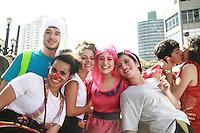 SÃO PAULO, SP - 18.10.2013: PERUADA 2013 - SP - Como nos anos anteriores a Peruada 2013 acontece, nesta sexta-feira (18) e percorre as ruas do centro de São Paulo, ela é organizada pelos alunos de direito da USP.(Foto: Marcelo Brammer/Brazil Photo Press)
