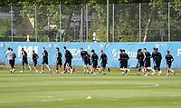 Lauftraining zum Aufwärmen - 01.08.2020: SV Darmstadt 98 Trainingsauftakt, Stadion am Boellenfalltor, 2. Bundesliga, emonline, emspor<br /> <br /> DISCLAIMER: <br /> DFL regulations prohibit any use of photographs as image sequences and/or quasi-video.