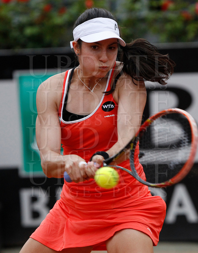 La statunitense Christina McHale in azione contro la  russa Daria Gavrilova durante gli Internazionali d'Italia di tennis a Roma, 15 maggio 2015. <br /> Christina McHale, of the US, in action against Russia's  russa Daria Gavrilova during the Italian Open tennis tournament in Rome, 15 May 2015.<br /> UPDATE IMAGES PRESS/Riccardo De Luca