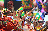 BARRANQUILLA-COLOMBIA- 17-01-2015. Con la Lectura del Bando,la Reina del Carnaval de Barranquilla 2015 Cristina Felfle Fernández De Castro comenzó a mandar desde la noche de este sábado, tras un soberbio espectáculo dancístico musical. El evento se realizó en la Plaza de La Paz./ With Reading Bando, the Barranquilla Carnival Queen 2015 Cristina Felfle Fernandez De Castro began to command from this Saturday night after a superb show's dance musical. The event was held at the Plaza de La Paz en Barranquilla, Colombia. Photo: VizzorImage/Alfonso Cervantes/STR