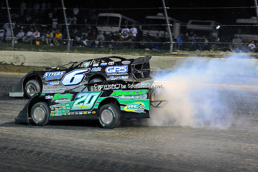 Jun 6, 2009; 11:17:35 PM; Rossburg, OH., USA; The running of the Dream XV  Dirt Late Models at the Eldora Speedway.  Mandatory Credit: (thesportswire.net)