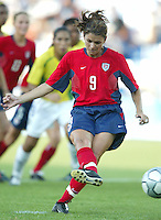 14 August 2004:   Mia Hamm scored a goal during penalty kick against Brazil at Kaftanzoglio Stadium in Thessaloniki, Greece.  USA defeated Brazil, 2-0. Credit: Michael Pimentel / ISI