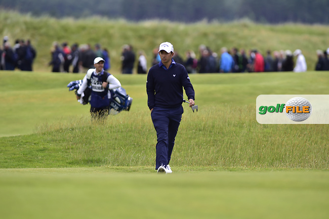 Pablo LARRAZABAL (ESP) walks to the 12th green Friday's Round 2 of the 144th Open Championship, St Andrews Old Course, St Andrews, Fife, Scotland. 17/07/2015.<br /> Picture Eoin Clarke, www.golffile.ie