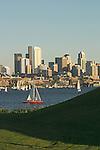Seattle, Gas Works Park, Lake Union, skyline, summer, Washington State, Pacific Northwest, USA,. .