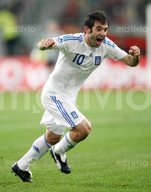 FUSSBALL     Internationales Testlaenderspiel     SAISON 2007/2008  Portugal - Griechenland              26.03.2008 Georgios Karagounis (Griechenland) jubelt