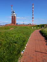 Leuchtturm und Funkturm auf dem Oberland, Insel Helgoland, Schleswig-Holstein, Deutschland, Europa<br /> lighthouse and radio tower, Oberland, Helgoland island, district Pinneberg, Schleswig-Holstein, Germany, Europe