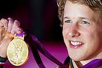 Engeland, London, 7 augustus 2012.Olympische Spelen London.Turner Epke Zonderland heeft vanmiddag in Londen bij de Olympische Spelen Nederland de vijfde gouden medaille bezorgd. De Friese specialist hield met een ongekend hoge score (16,533) op de rekstok alle concurrenten achter zich