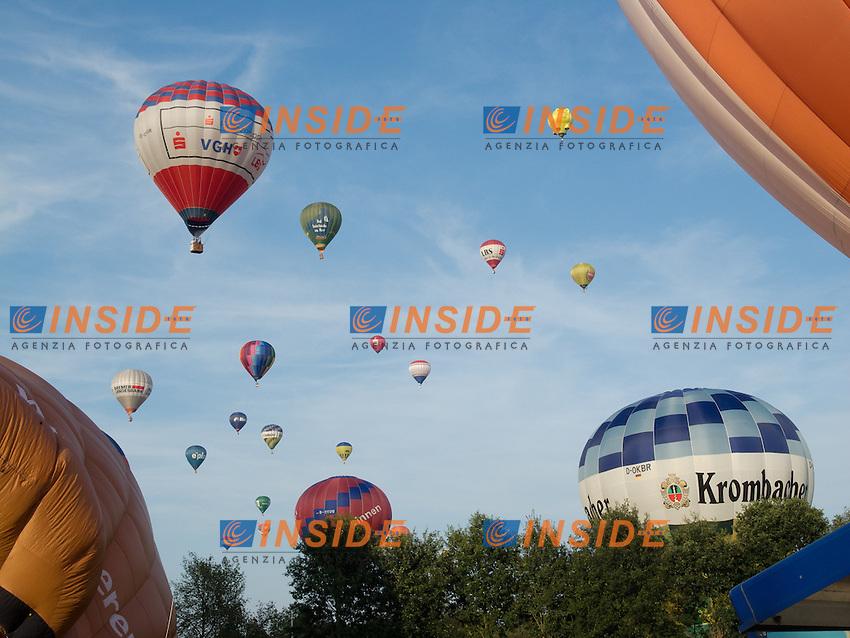 05.08.2011, Sundering, Barnstorf, Germania<br /> Mongolfiere Palloni Aerostatici <br /> Foto EXPA/ nph/  Kokenge / Insidefoto