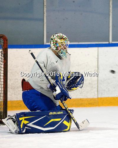 Robin Lehner - Team Sweden practiced at Agriplace in Saskatoon, Saskatchewan on Saturday, January 2, 2010, during the 2010 World Juniors tournament.