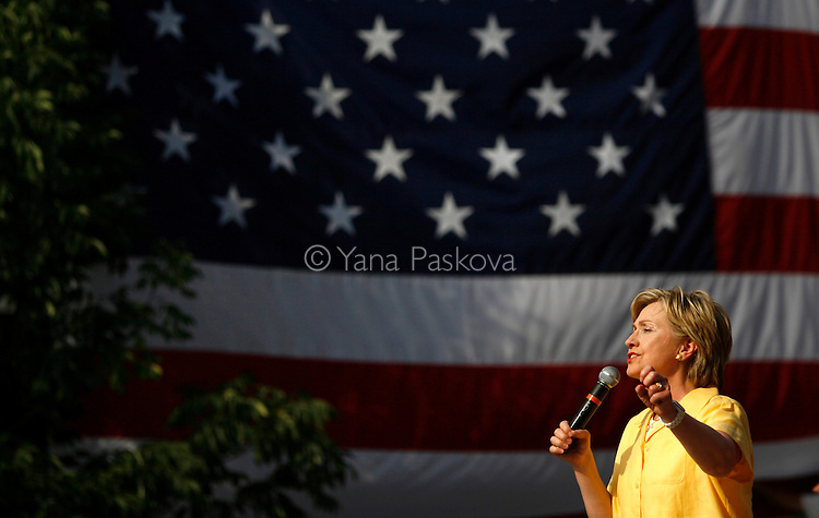 Democratic Presidential hopeful Hillary Clinton (D-NY) brought along her husband, former President Bill Clinton, as she campaigned at the corner of 2nd and Main St. in Davenport, Iowa, on July 3, 2007.