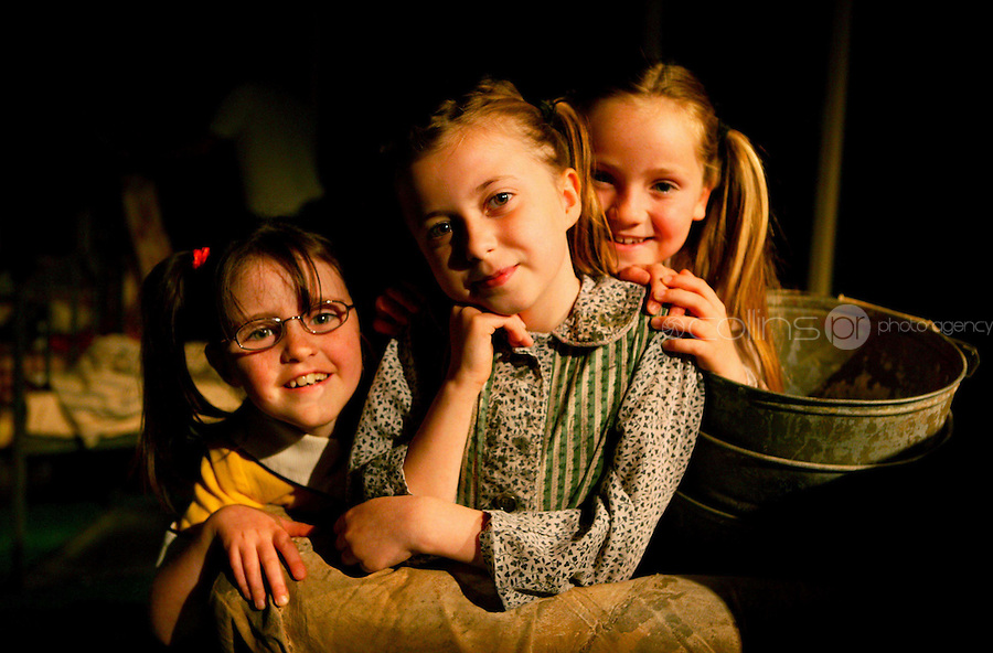 10/07/2007.(L to R) Stars of the musical Annie Laoise McHugh (7),Kerrie McMahon (8) & Sophie Redmond (8) all from The Moore School of Performing Arts Skerries at a rehearsal for Annie at TheOlympia Theatre, Dublin. Annies runs from The 10-29 July 2007..Photo: Gareth Chaney Collins