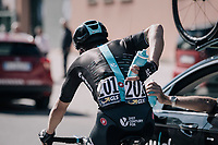 Michal Kwiatkowski (POL/SKY) getting supplied by the teamcar<br /> <br /> Il Lombardia 2017<br /> Bergamo to Como (ITA) 247km
