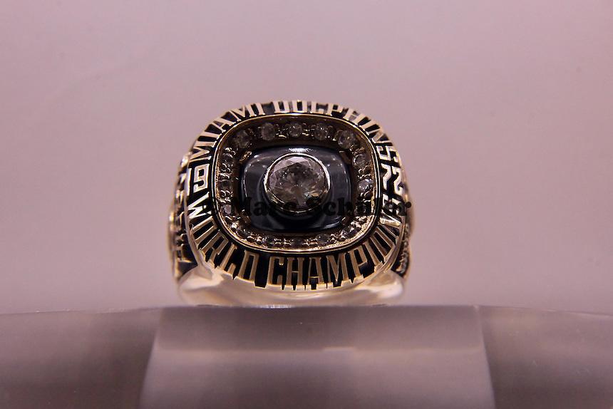 Super Bowl Ringe der einzelnen Siegerteams: VII Miami Dolphins - 1972