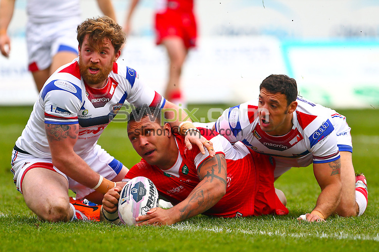 Picture by Alex Whitehead/SWpix.com - 30/03/2014 - Rugby League - First Utility Super League - Hull Kingston Rovers v Wakefield Trinity Wildcats - KC Lightstream Stadium, Hull, England - Hull KR's Neville Costigan scores a try.