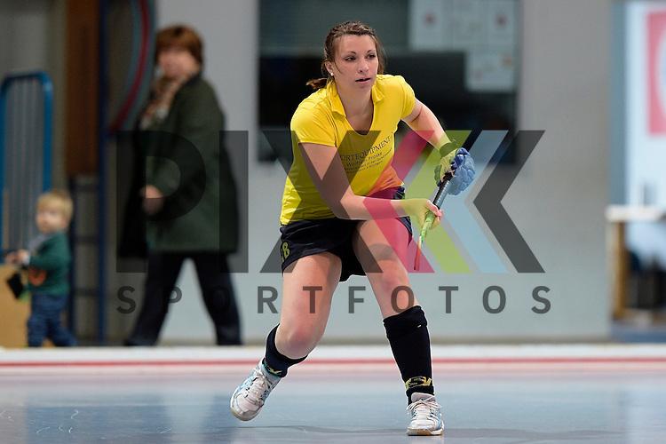 GER - Mannheim, Germany, January 17: During the Oberliga-Damen indoor hockey match between Feudenheimer HC (red) and  TSV Ludwigsburg (yellow) on January 17, 2016 at Irma-Roechling-Halle in Mannheim, Germany. Final score 8-2 (HT 3-1).  Katharina Belz  #18 of TSV Ludwigsburg<br /> <br /> Foto &copy; PIX-Sportfotos *** Foto ist honorarpflichtig! *** Auf Anfrage in hoeherer Qualitaet/Aufloesung. Belegexemplar erbeten. Veroeffentlichung ausschliesslich fuer journalistisch-publizistische Zwecke. For editorial use only.