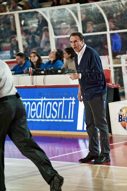 TERAMO 15/01/2012 - BASKET LEGA SERIE A1 CAMPIONATO 2011 - 2012: INCONTRO BANCA TERCAS TERAMO - CIMBERIO VARESE.NELLA FOTO CARLO RECALCATI VARESE.FOTO DI LORETO ADAMO