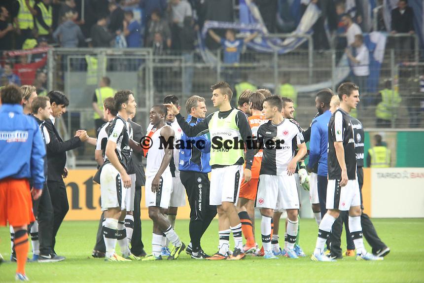 Eintracht freut sich über den Sieg und den Einzug in die nächste Runde - Eintracht Frankfurt vs. VfL Bochum, Commerzbank Arena, 2. Runde DFB-Pokal