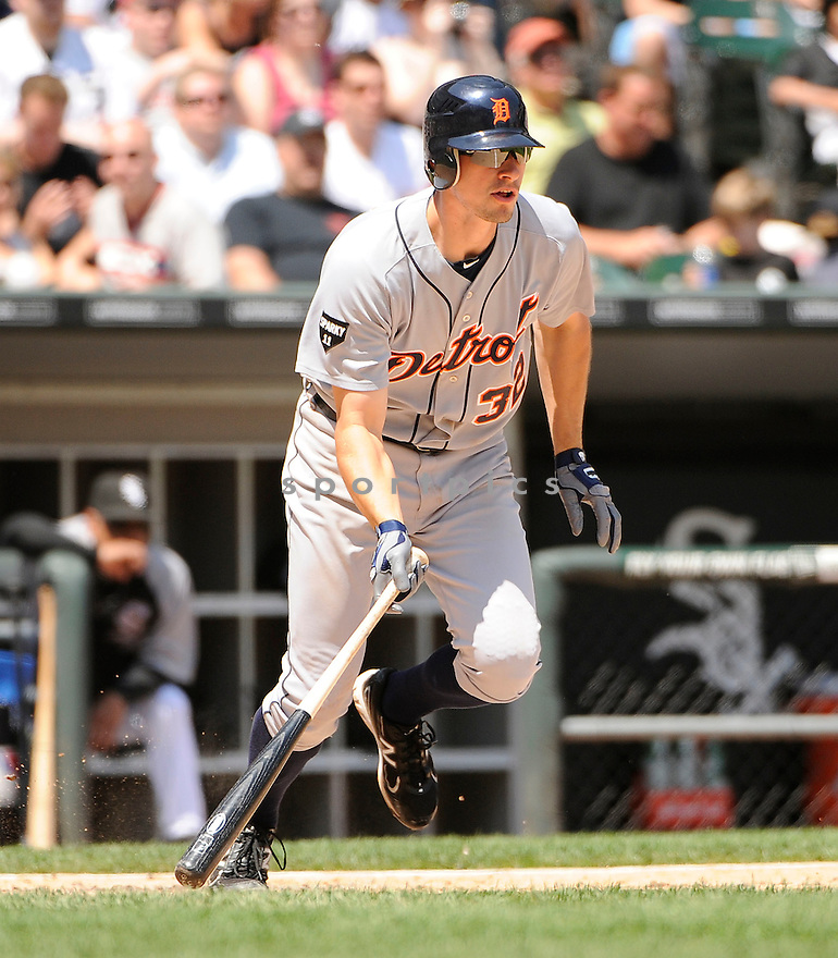 DON KELLY, of the Detroit Tigers in action during the Tigers game against the Chicago White Sox, on June 5, 2011 at US Cellular Field in Chicago, Illinois. The Tigers beat the White Sox 7-3.