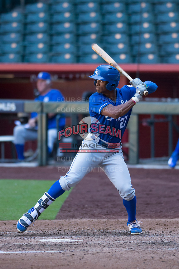 Nick Heath (27), of the Kansas City Royals, at bat during an Instructional League game against the Arizona Diamondbacks at Chase Field on October 14, 2017 in Scottsdale, Arizona. (Zachary Lucy/Four Seam Images)