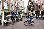 AMSTERDAM - The NETHERLANDS - 09 September 2012 -- Restaurants at the corner of Gravenstraat and Eggertstraat. -- PHOTO: Juha ROININEN /  EUP-IMAGES