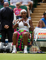 01-07-13, England, London,  AELTC, Wimbledon, Tennis, Wimbledon 2013, Day seven, Serina Williams (USA) during changeover.<br /> <br /> <br /> <br /> Photo: Henk Koster