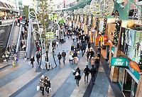 Rotterdam- Shoppen voor de Feestdagen in de Koopgoot