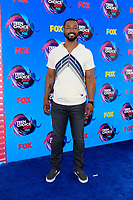 LOS ANGELES - AUG 13:  Isaiah Mustafa at the Teen Choice Awards 2017 at the Galen Center on August 13, 2017 in Los Angeles, CA