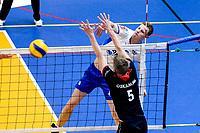 GRONINGEN - Volleybal , Lycurgus - Taurus, kampioenspoule, seizoen 2018-2019, 13-04-2019, smash Lycurgus speler Auke van der Kamp