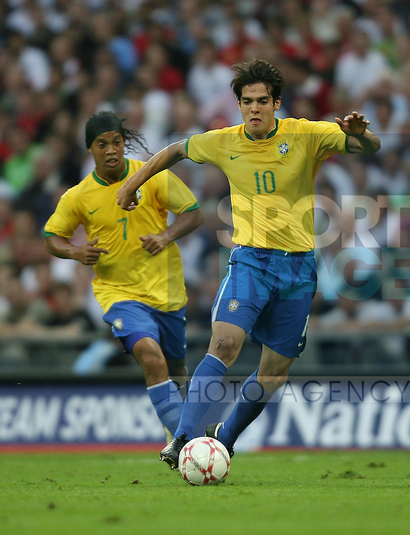 Brazil's Kaka and Brazil's Ronaldinho..International Friendly..England v Brazil..1st June, 2007..--------------------..Sportimage +44 7980659747..admin@sportimage.co.uk..http://www.sportimage.co.uk/
