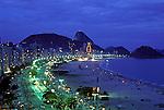 Final de ano em Copacabana. Rio de Janeiro. 1990. Foto de Cynthia Brito.