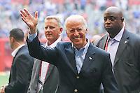 VANCOUVER, CANADÁ, 05.07.2015 - EUA-JAPÃO - O vice presidente dos Estados Unidos Joe Binden é visto após a final da Copa do Mundo de Futebol Feminino no Estádio BC Place em Vancouver no Canadá neste domingo, 05. (Foto: William Volcov/Brazil Photo Press)
