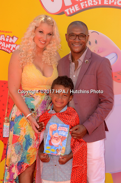 "LOS ANGELES - MAY 21:  Tommy Davidson at the ""Captain Underpants"" Los Angeles Premiere at the Village Theater on May 21, 2017 in Westwood, CA"