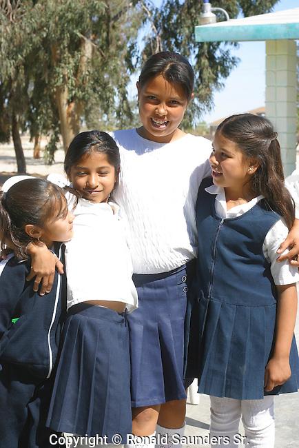SAN FELIPE SCHOOL GIRLS POSES for a PHOTO