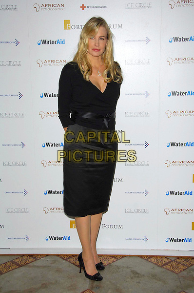 DARYL HANNAH.Attends Fortune Forum Summit - event aiming to assist major humanitarian causes as well as climate change, global poverty and diseases campaigns worldwide. International Clean Energy (ICE) Circle is also launched..Royal Courts Of Justice, London, WC2, England,.30th November  2007 .full length black top skirt .CAP/CAS.©Bob Cass/Capital Pictures.
