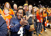 ATLANTA, GA - DECEMBER 31:  Virginia Cavalier fans greet their team before the start of the 2011 Chick Fil-A Bowl against the Auburn Tigers at the Georgia Dome on December 31, 2011 in Atlanta, Georgia. Auburn defeated Virginia 43-24. (Photo by Andrew Shurtleff/Getty Images) *** Local Caption ***