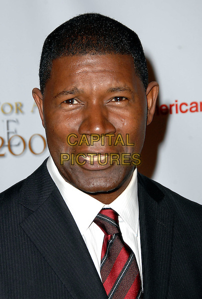"DENNIS HAYSBERT .UCLA's Jonsson Cancer Center Foundation ""Taste For a Cure"" held At The Beverly Wilshire Hotel,  Beverly Hills, California, USA, .1st May 2009..portrait headshot red tie .CAP/ADM/KB.©Kevan Brooks/Admedia/Capital Pictures"
