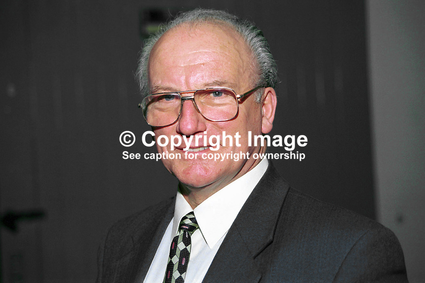 Alan Gillis, Fine Gael, MEP, Rep of Ireland. Ref: 199902027.<br />