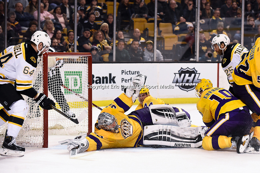 Tuesday, February 9, 2016: Los Angeles Kings goalie Jonathan Quick (32) stretches out to make a save during the National Hockey League game between the Los Angeles Kings and the Boston Bruins, held at TD Garden, in Boston, Massachusetts. The Kings defeat the Bruins 9-2. Eric Canha/CSM