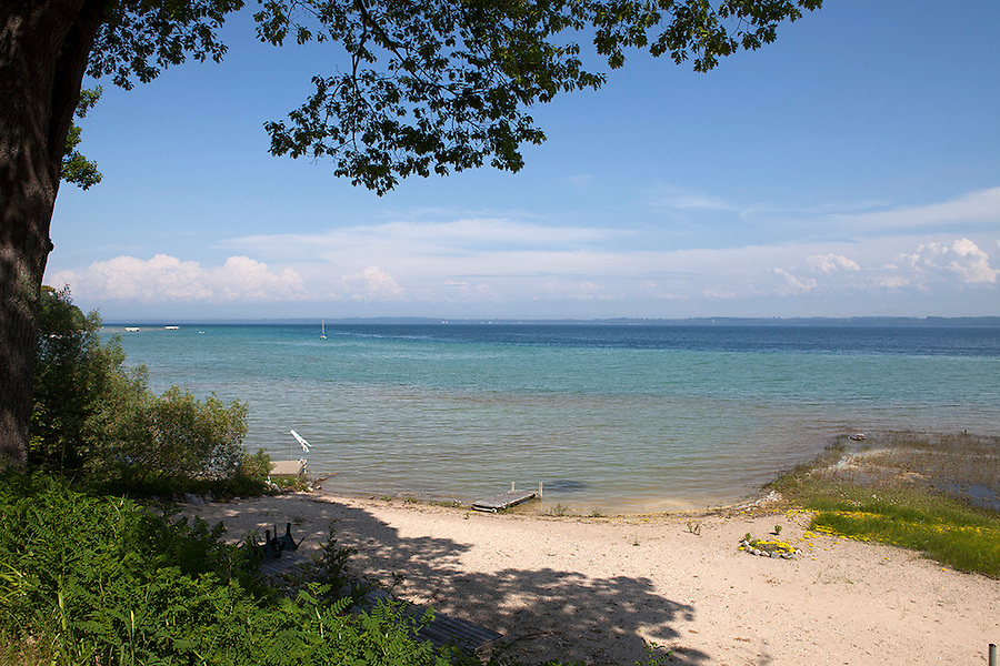 Empty beach on Lake Michigan on a beautiful summer day, Old Mission Peninsula, Lake Michigan, Traverse City area, Michigan, USA