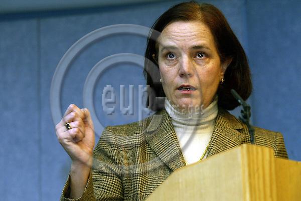 Belgium---Brussels---Commission   05.02.2004.Loyola de PALACIO, Commissioner for Transport .PHOTO: EUP-IMAGES / ANNA-MARIA ROMANELLI