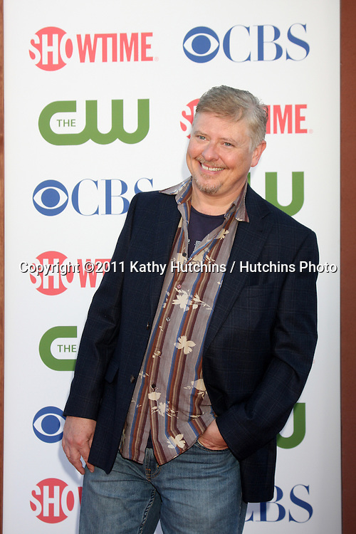 LOS ANGELES - AUG 3:  Dave Foley arriving at the CBS TCA Summer 2011 All Star Party at Robinson May Parking Garage on August 3, 2011 in Beverly Hills, CA